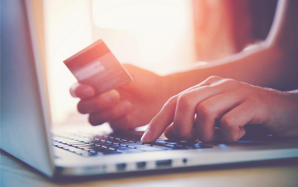 Cocokkan Transaksi Bisnis Lebih Mudah & Cepat dengan Fitur Rekonsiliasi Bank